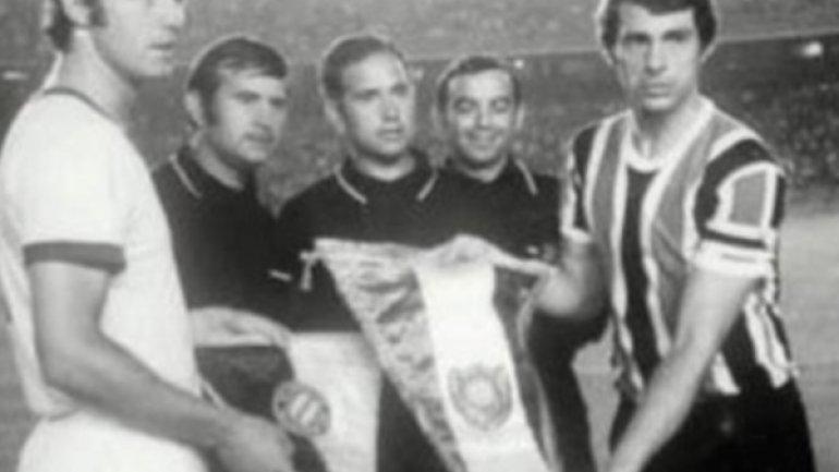 Chacarita Juniors 2 - Bayer Münich 0