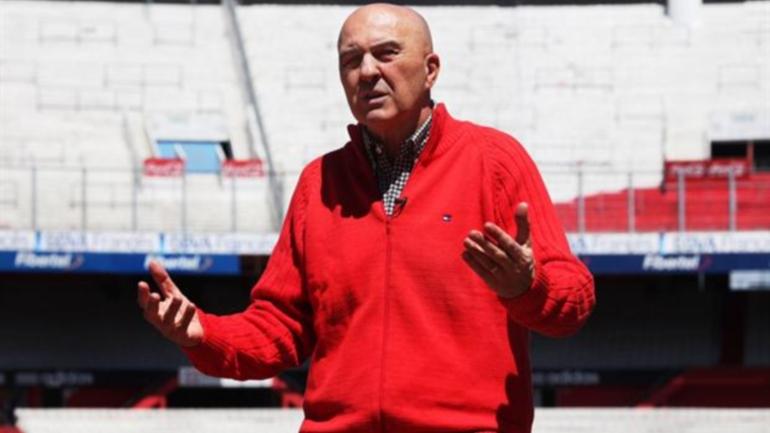Carlos Morete Carlos Morete liquid a los jugadores y a Ramn Daz El