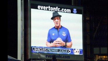 Stallone se dio un gusto y grabó escenas de 'Rocky VII' en la cancha del Everton