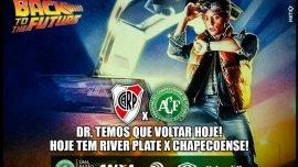 Chapecoense utilizó Volver al Futuro para su partido ante River