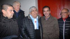 Hugo Moyano y Cristian Ritondo en Independiente.