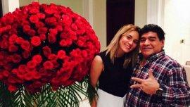 Diego Maradona con Rocío Oliva.
