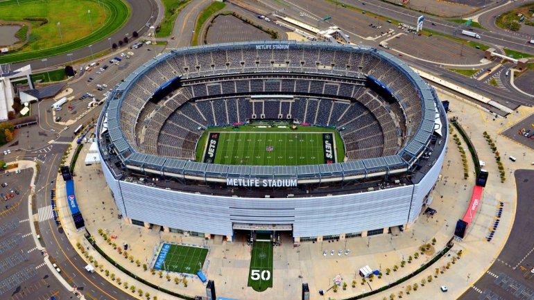 El imponente <i>MetLife </i>de Nueva York con capacidad para 80 mil personas