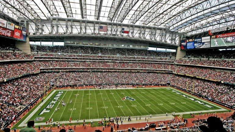 <i>NRG Stadium</i> de Houston y su increíble presencia: pueden ingresar 70 fanáticos