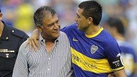 Juan Román Riquelme y Claudio Borghi compartieron vestuario en Boca en el pasado
