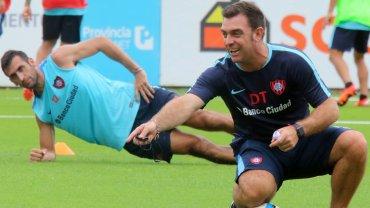 Pablo Guede, metido en el entrenamiento de San Lorenzo