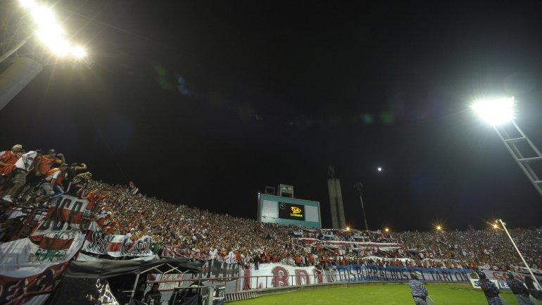 La hinchada de River apoyó a sus jugadores frente a Boca