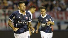 Víctor Cuesta le marcó uno de los goles a River en el amistoso veraniego