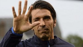 Gianluigi Buffon todavía ve lejano el retiro del fútbol