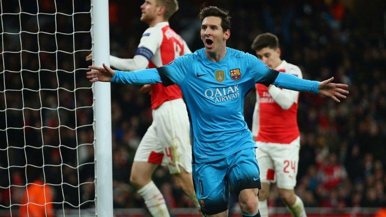 El primer gol de Lionel Messi a Petr Cech en su carrera