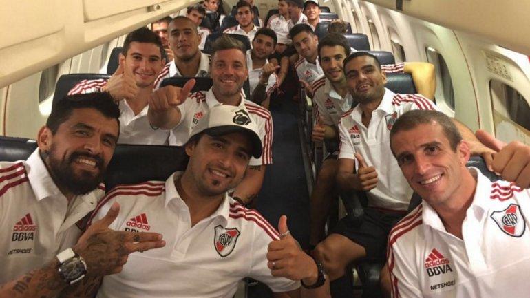 Los jugadores de River, en el trayecto de Valera a Maracaibo