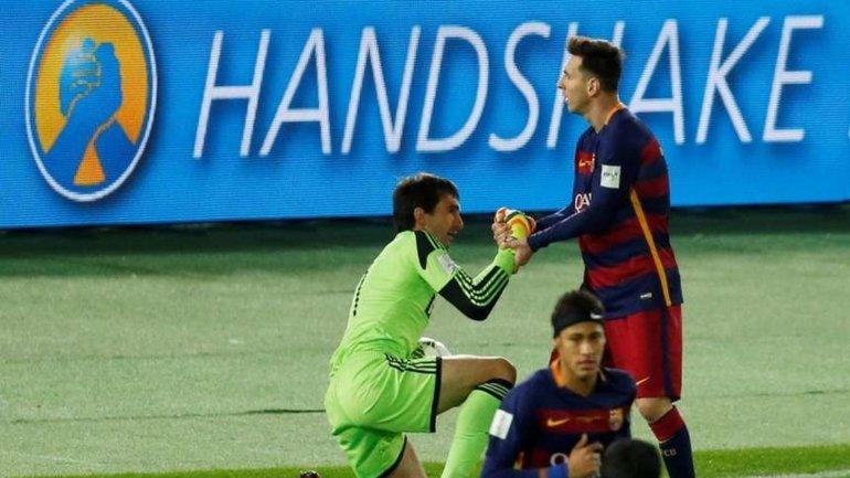 Marcelo Barovero y Lionel Messi, en la última Final del Mundial de Clubes