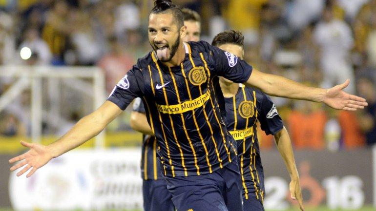 Marcelo Larrondo, una carta de gol de Rosario Central
