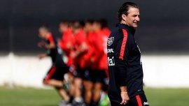 Juan Antonio Pizzi comanda la práctica de Chile